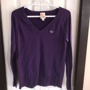 Roxy v-neck sweater